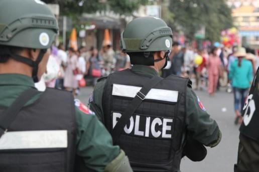 police on riverside